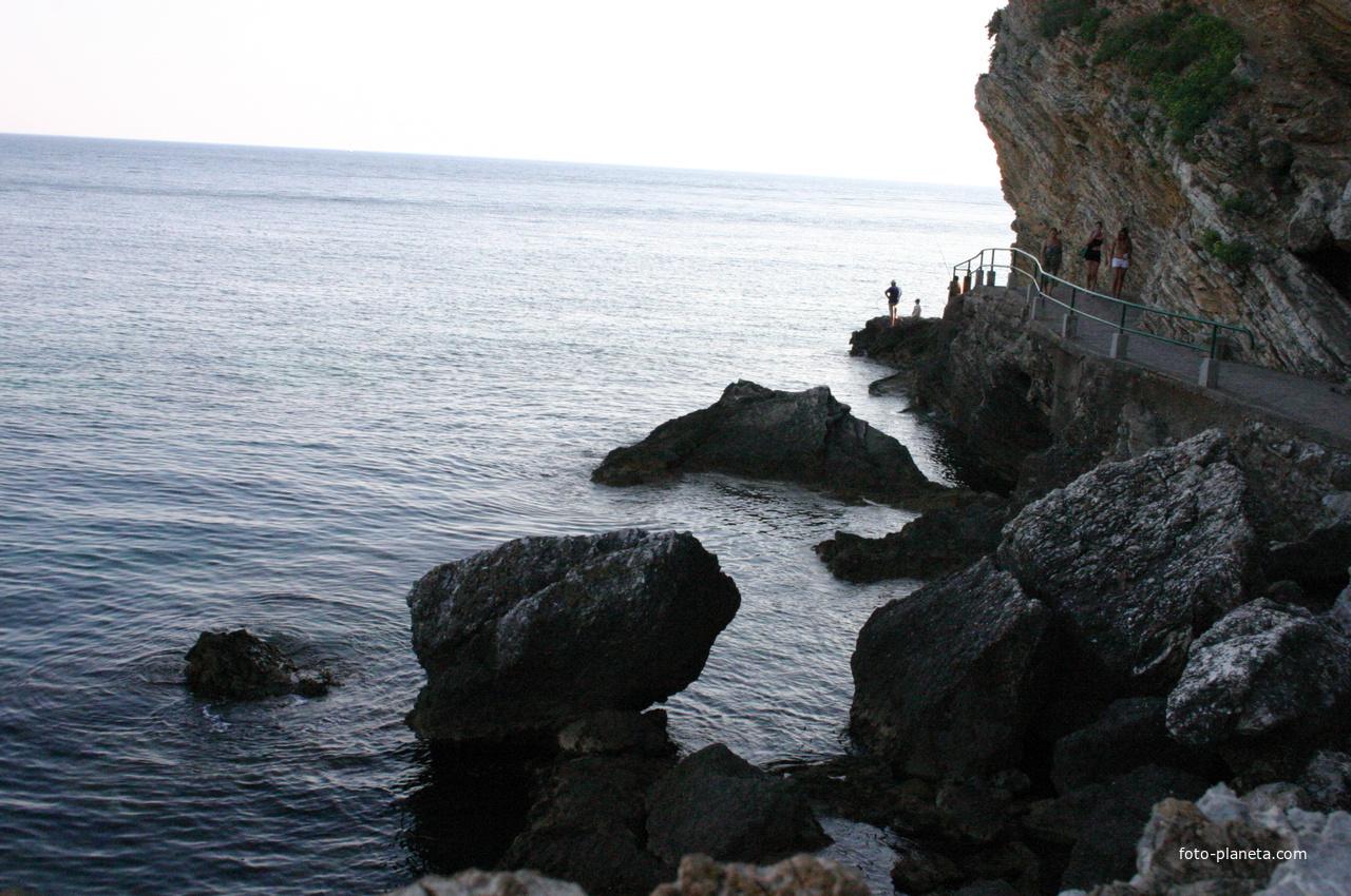 Дорога к пляжу Могрен