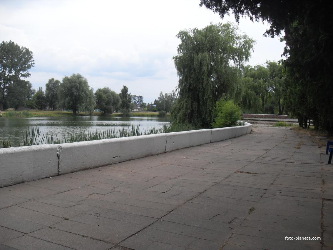 озеро в Малече