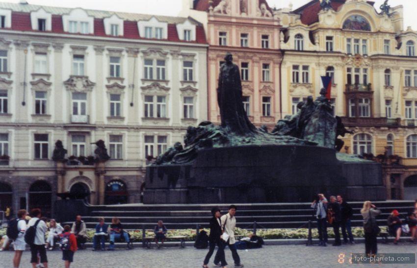 Прага. Памятник Яну Гусу.