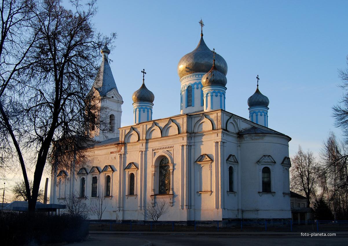 Церковь в Лебедине