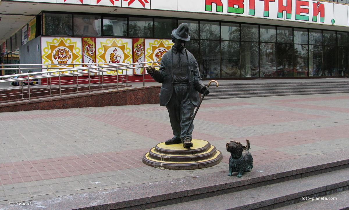 памятник рыбаку в гомеле