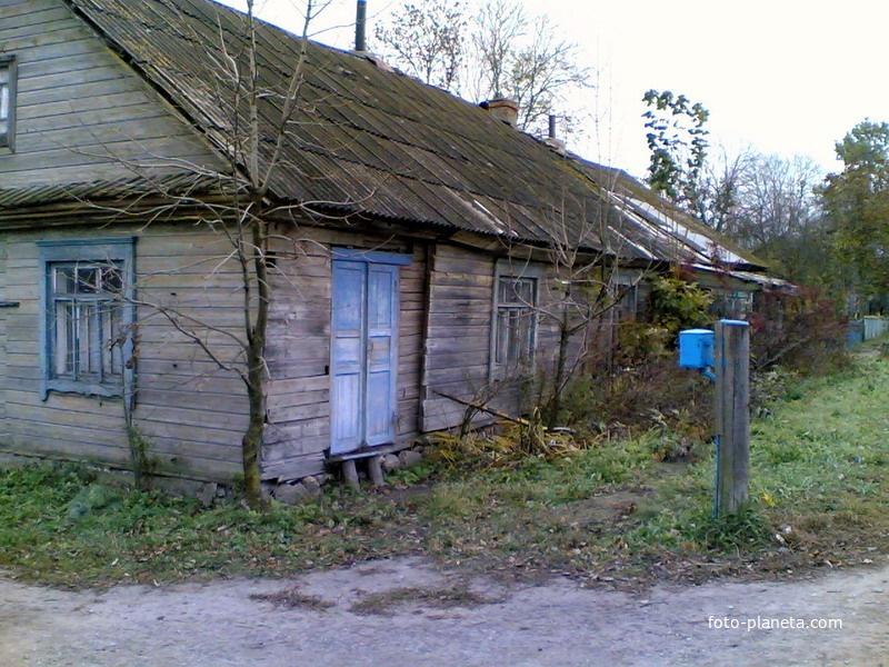Старые дома в центре поселка | Новый Погост (Миорский район)