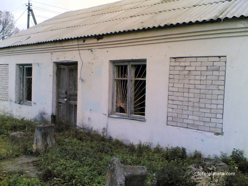Здание бывшего дома быта | Новый Погост (Миорский район)