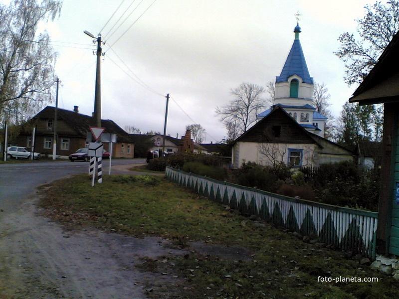 Центр поселка, храм | Новый Погост (Миорский район)