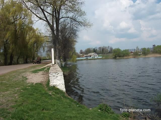 Рыбалка село веселка любарский район