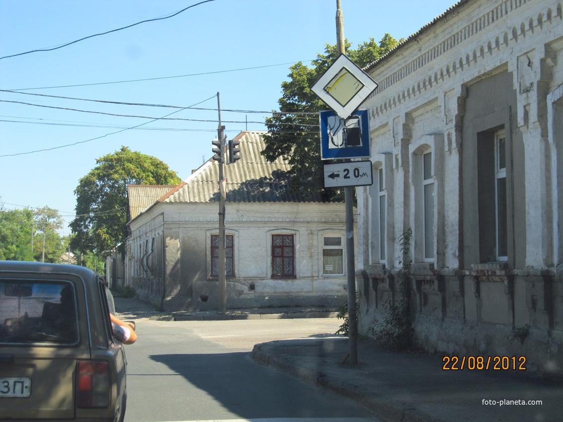 Улицы Александра Невского / Луначарского