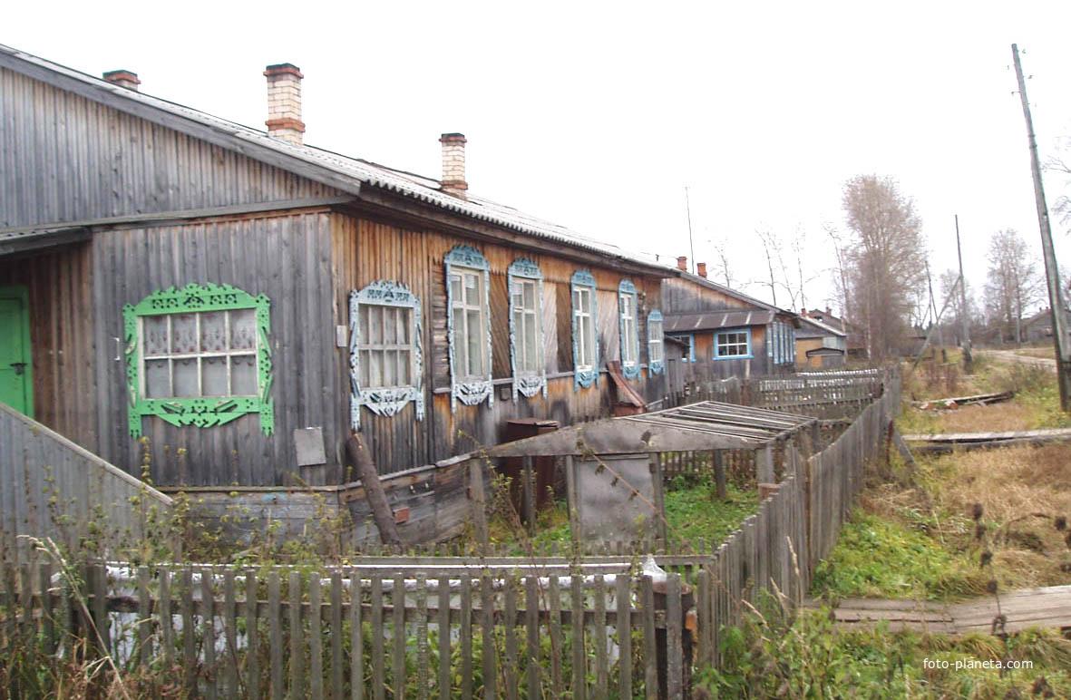 Поселковая улочка