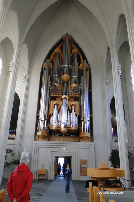 Рейкьявик - интерьер кафедрального собора