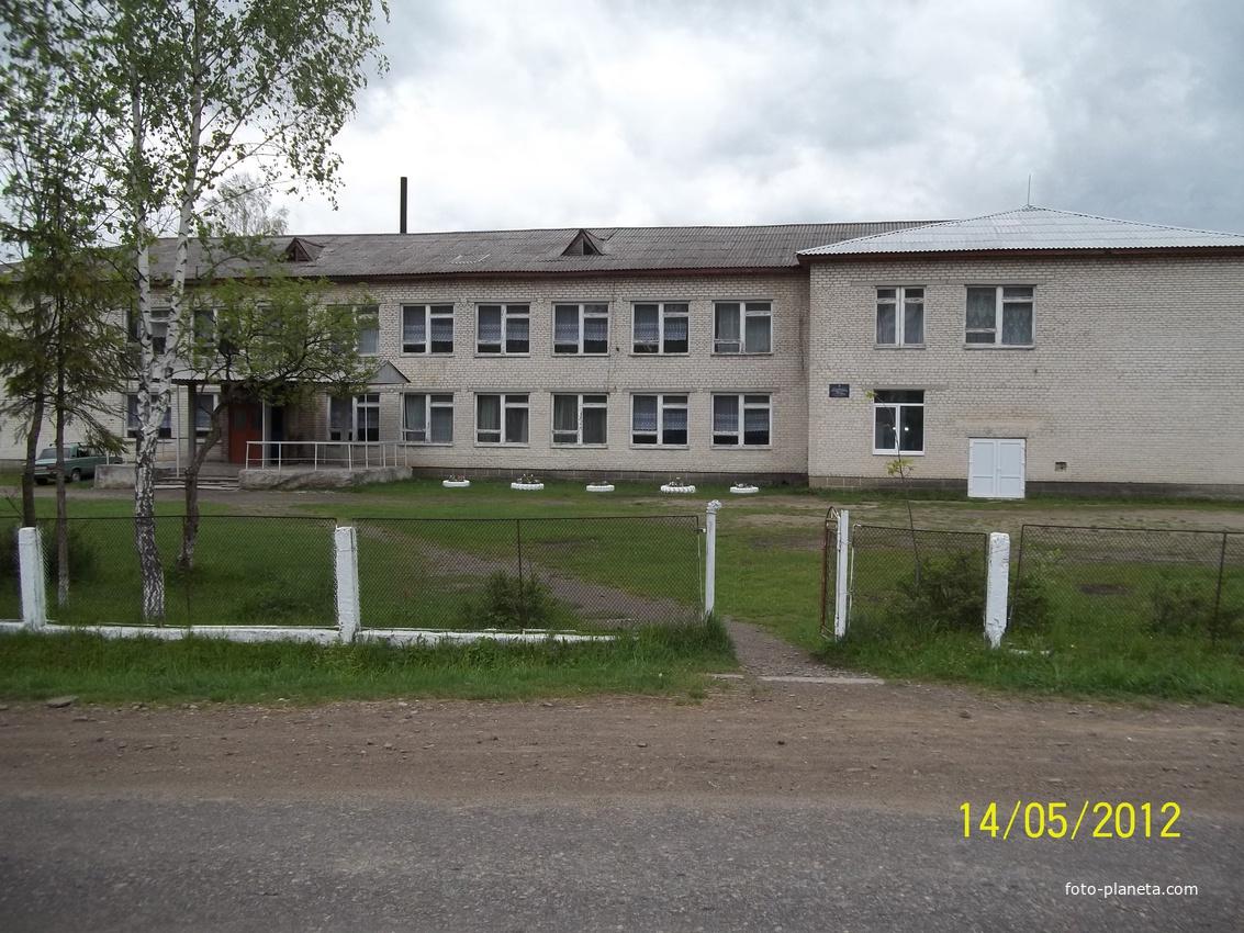школа с.комарники