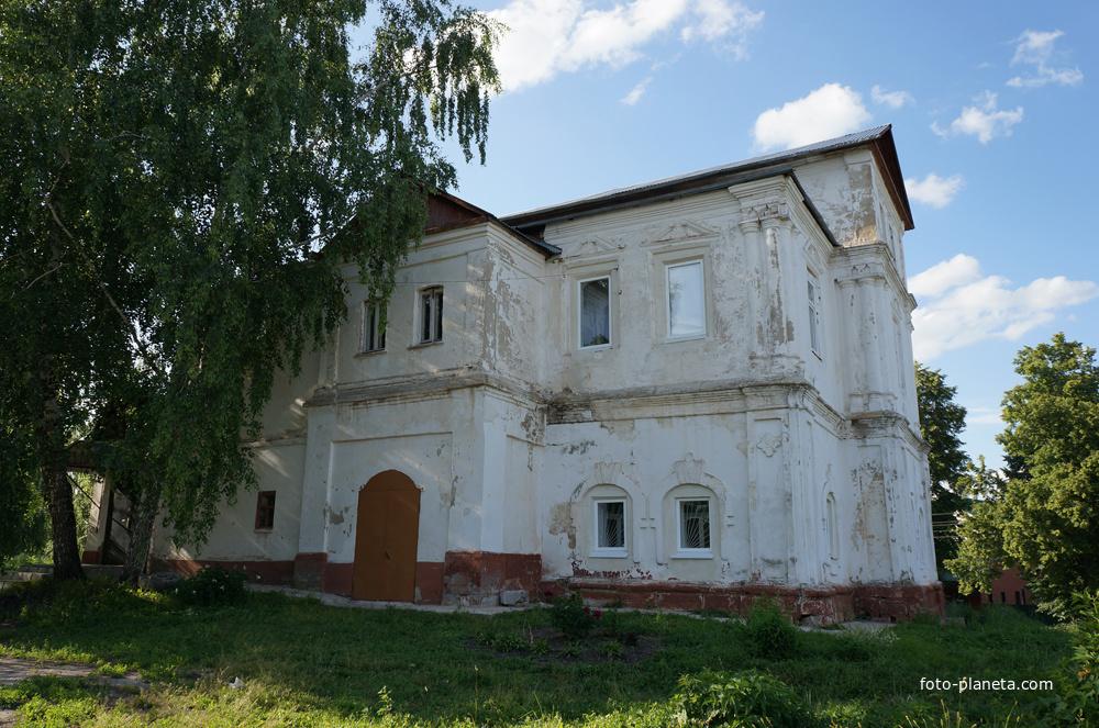 Краеведческий музей в палатах