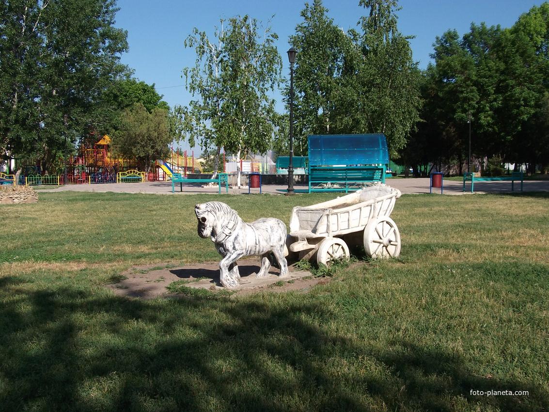 клумба-лошадь