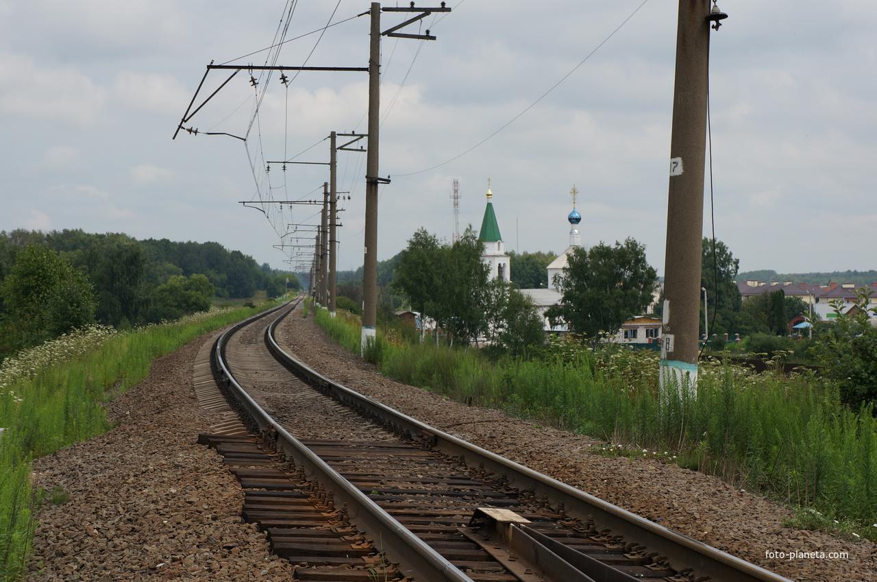 Дорога на Сотниково, Спасская церковь