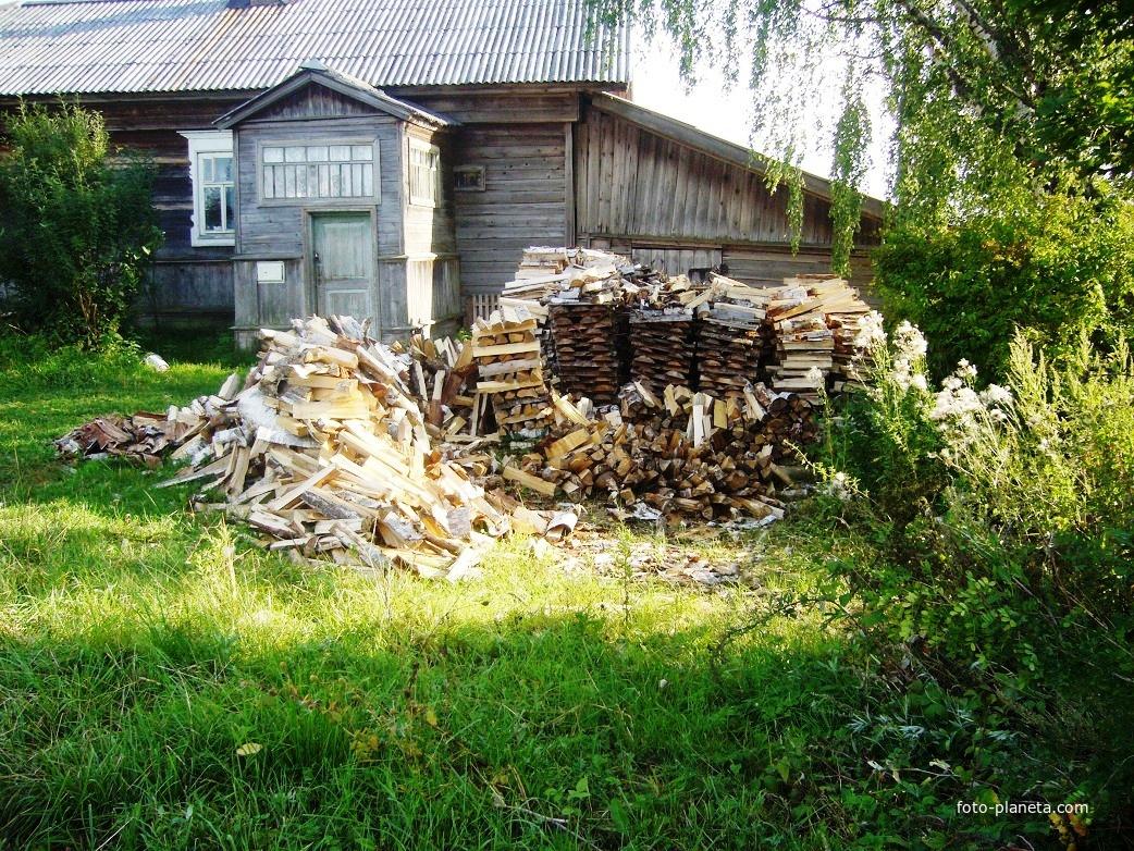 Такие дома в посёлке, печное отопление | им. М.И. Калинина