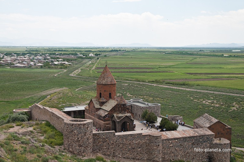 Общий вид монастыря Хор Вирап