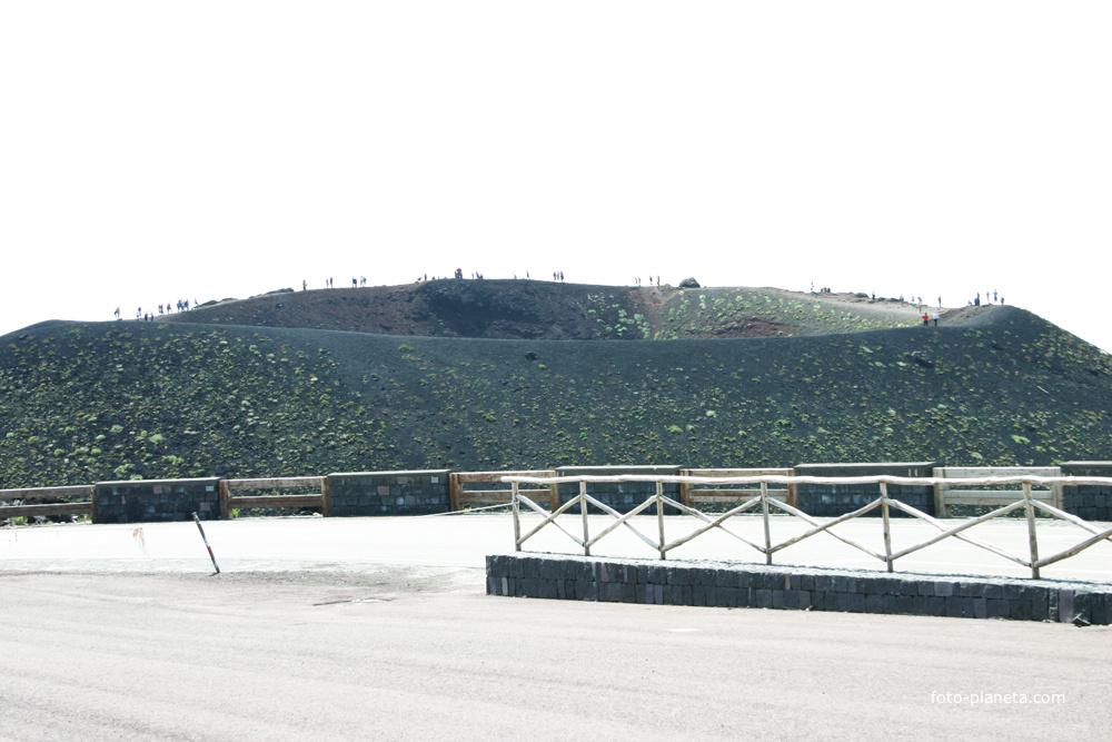 Этна, база Рифуджо Сапиенца