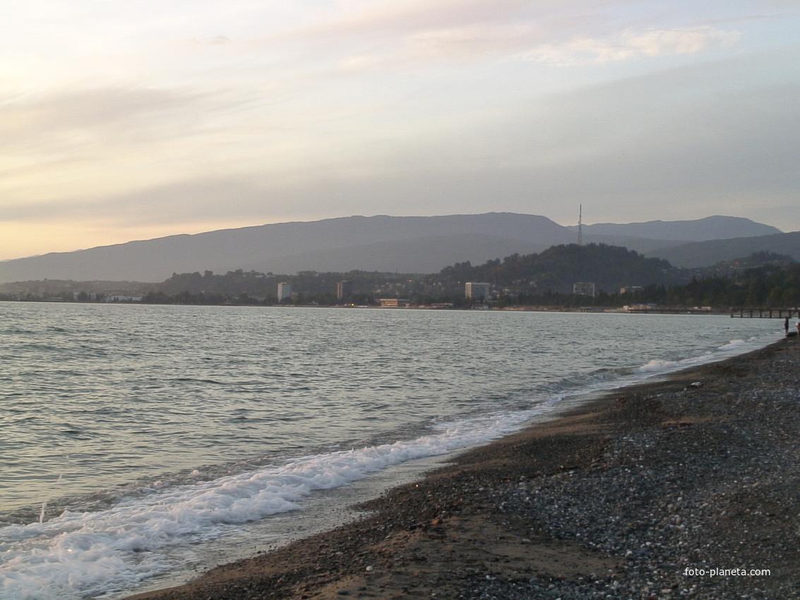 Пляж в районе Келасура в 2008 году | Сухум (Абхазия)