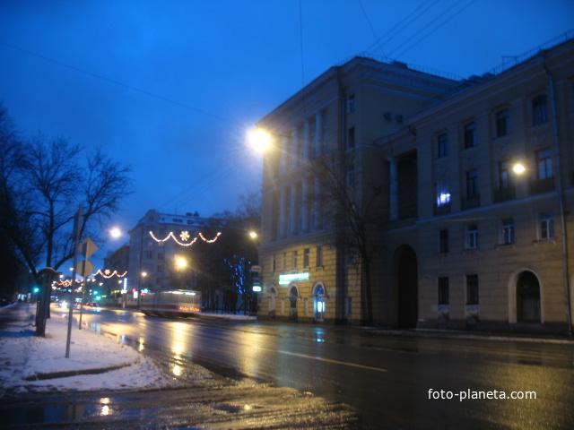 Среднеохтинский проспект, 14 (2011, декабрь)