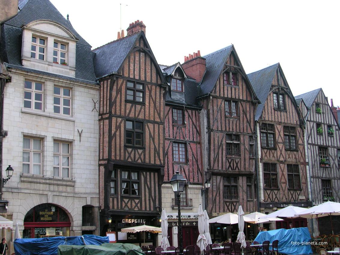 Tours. Place Plumereau