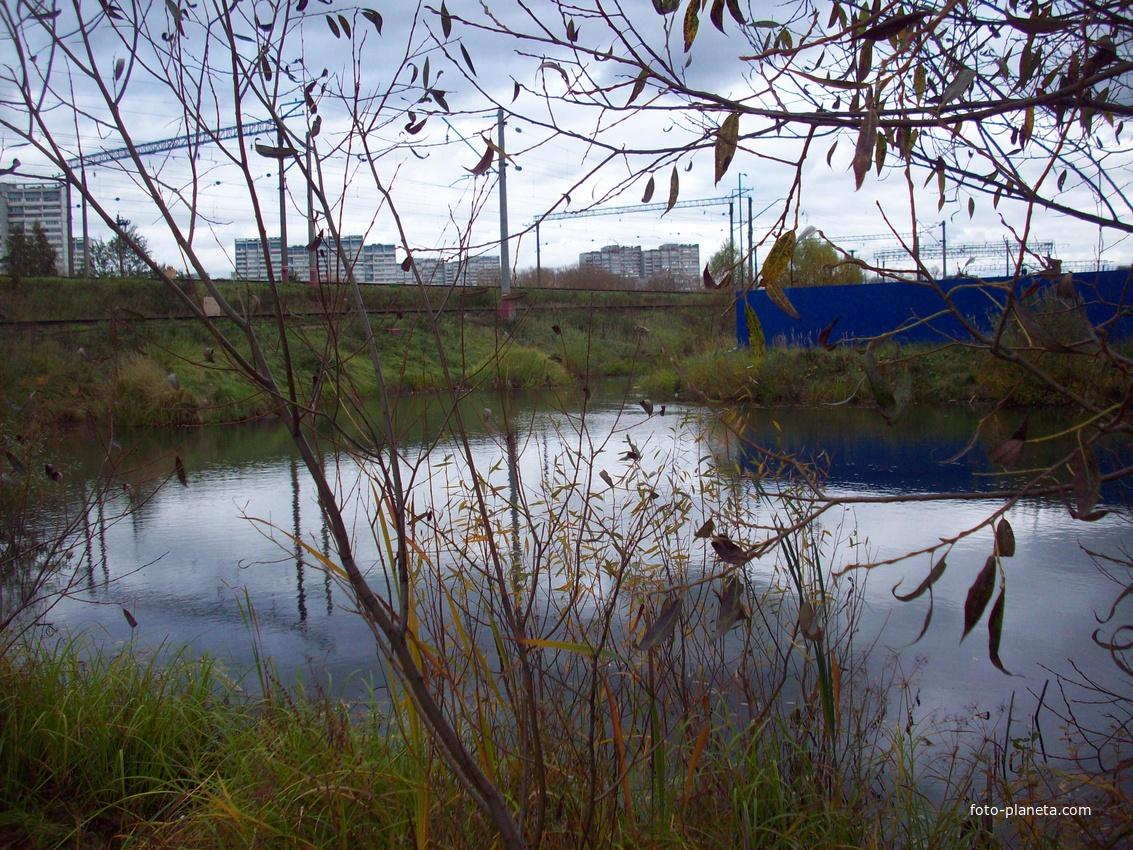 Резервный пруд в 14ом микрорайоне