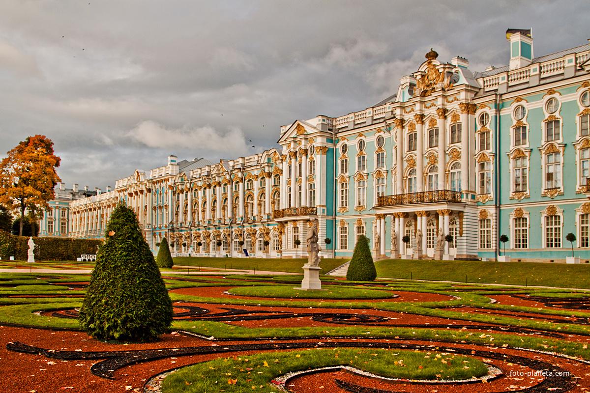 образом, екатерининский дворец москва экскурсии только удобно