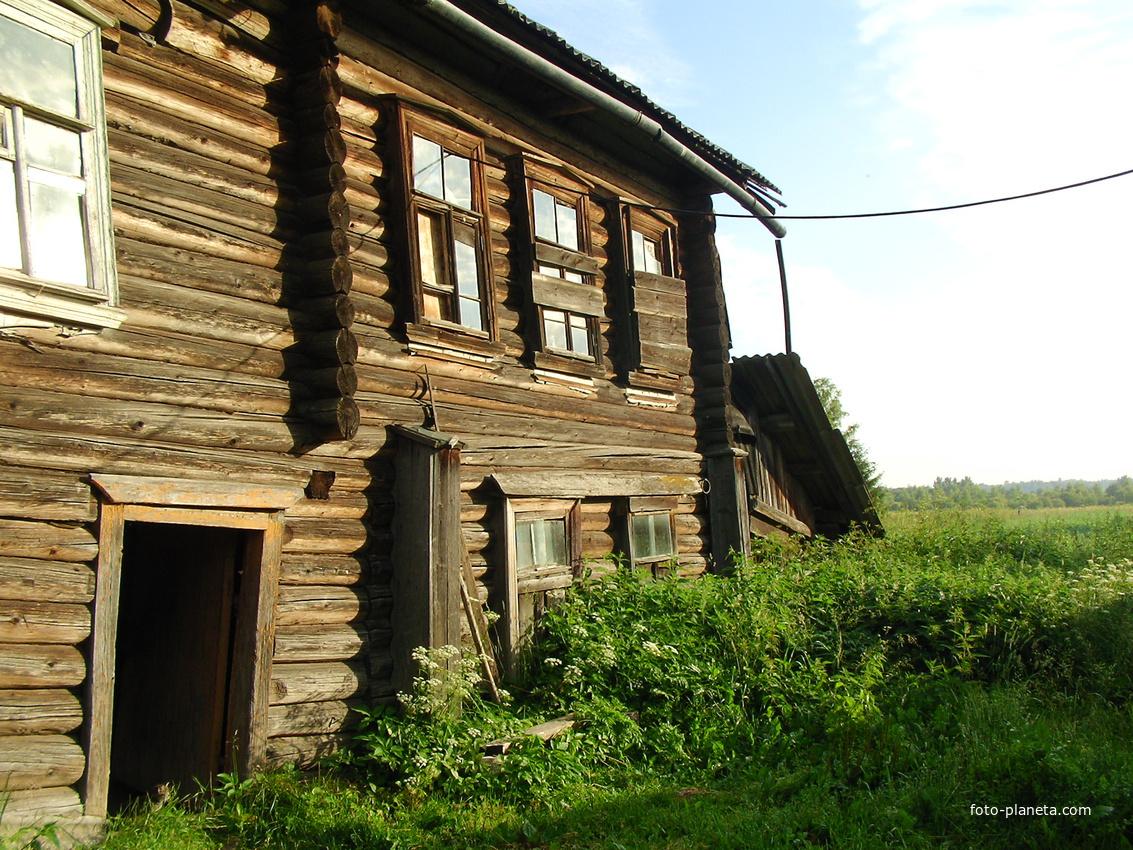 Дом , в котором в 1941 году располагался штаб дивизии