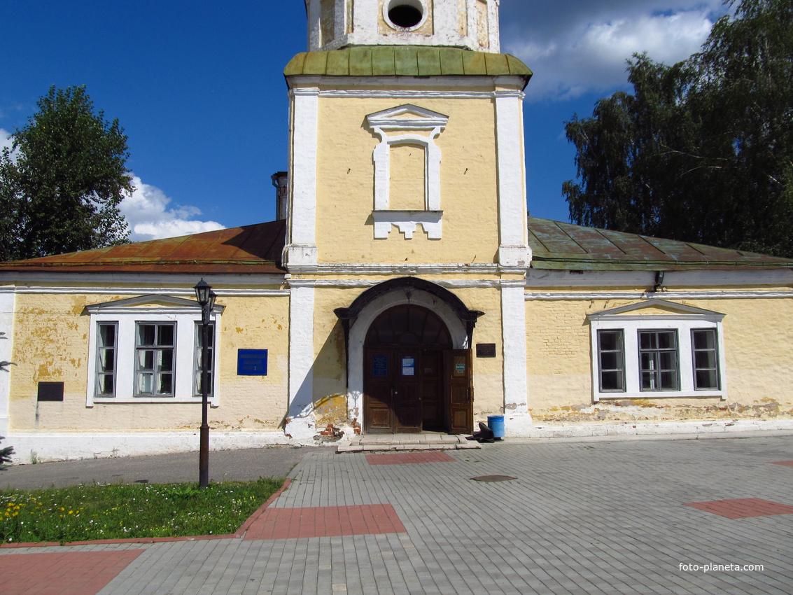 Церковь Николая Чудотворца (Николо-Кремлевская), сейчас здесь размещен Владимирский Планетарий