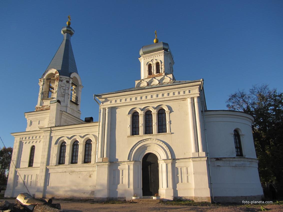 Церковь Илии Пророка, другой ракурс
