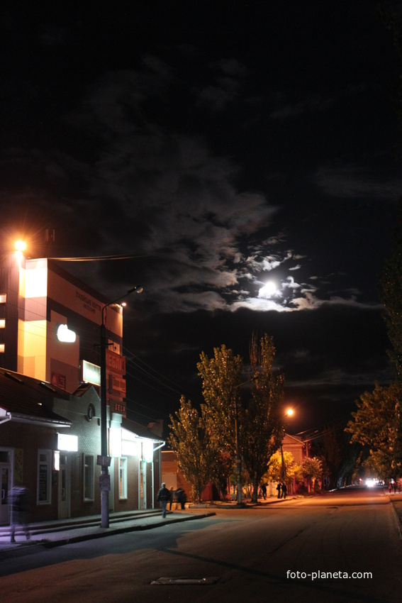 Бердянск. Бердянск ночью.