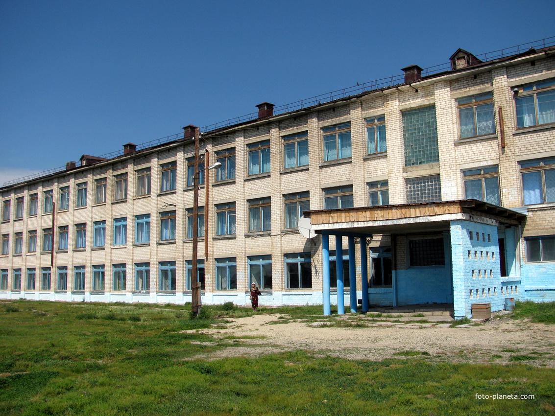 Николаевская средняя школа