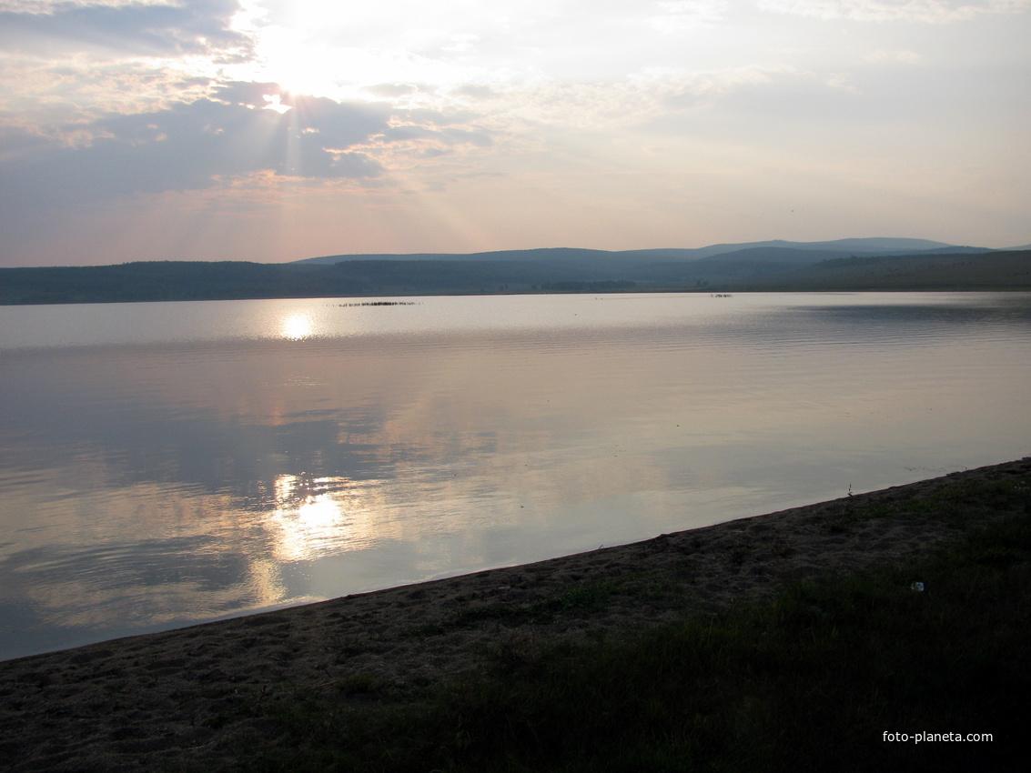 Николаевское озеро