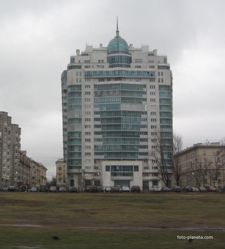 Большеохтинский пр., 9,  жилой дом