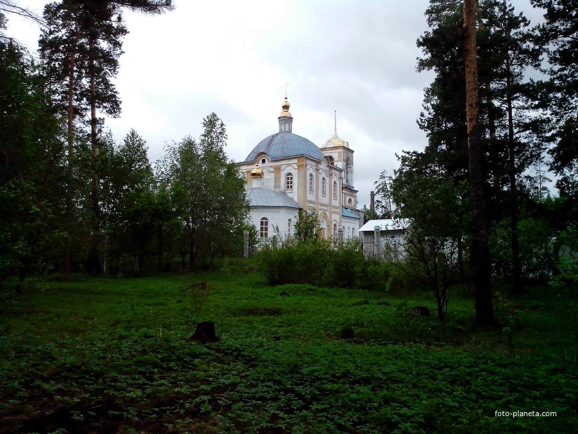 Асбест. Церковь Владимира равноапостольного. 2014 г
