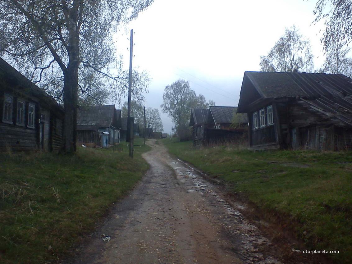 Матеево улица через деревню 2012