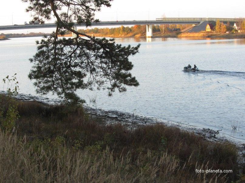 Мост на реке Паша