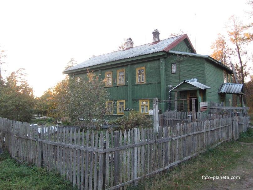 Дом Милосердия, принадлежащий храму Рождества Христова.