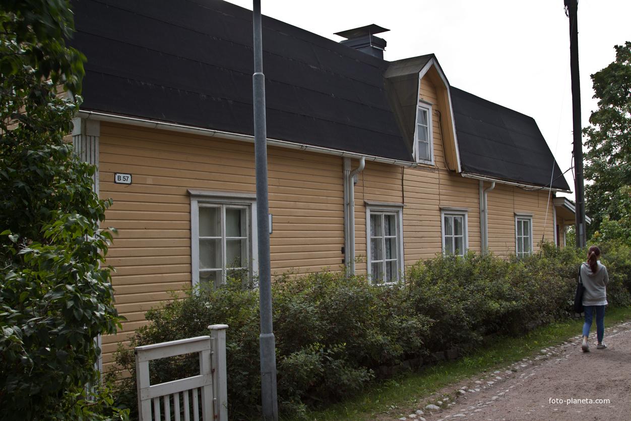 Дом в крепости