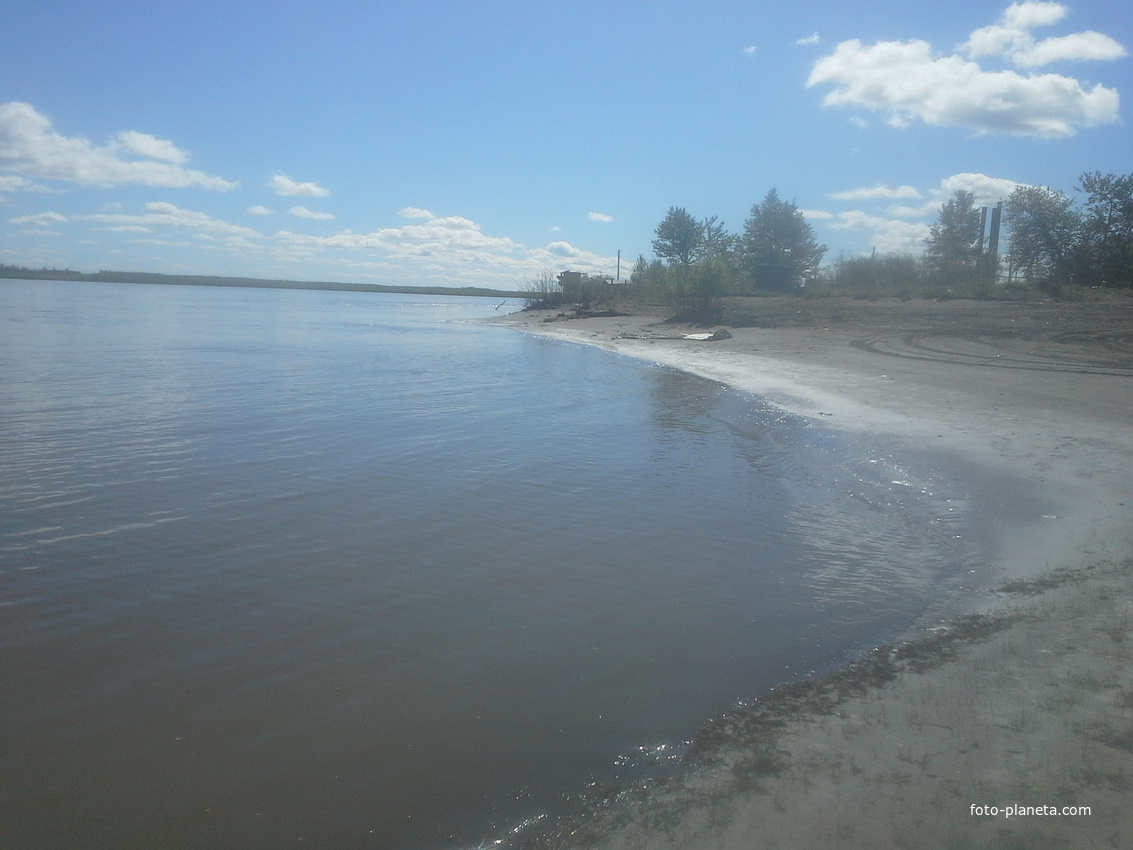 Колымский берег в районе Аэропорта