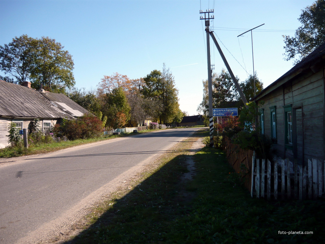 старые строения в центре поселка | Новый Погост (Миорский район)