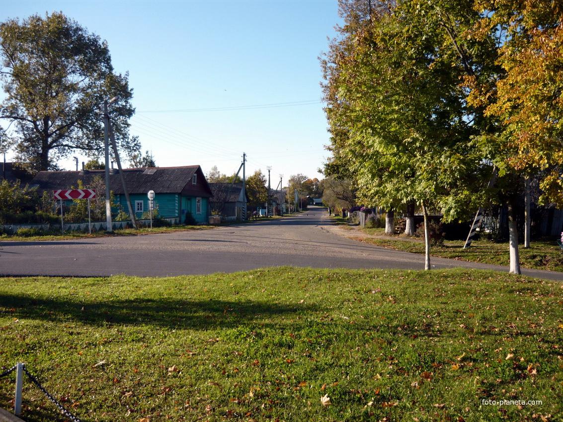 перекресток в центре поселка | Новый Погост (Миорский район)