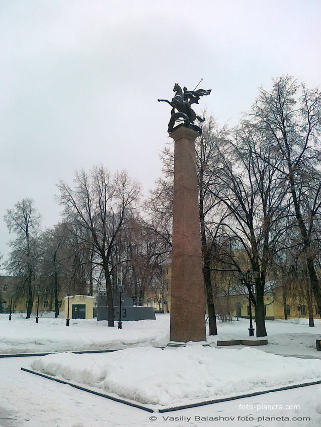 Нижний Новгород. Памятник защитникам отечества