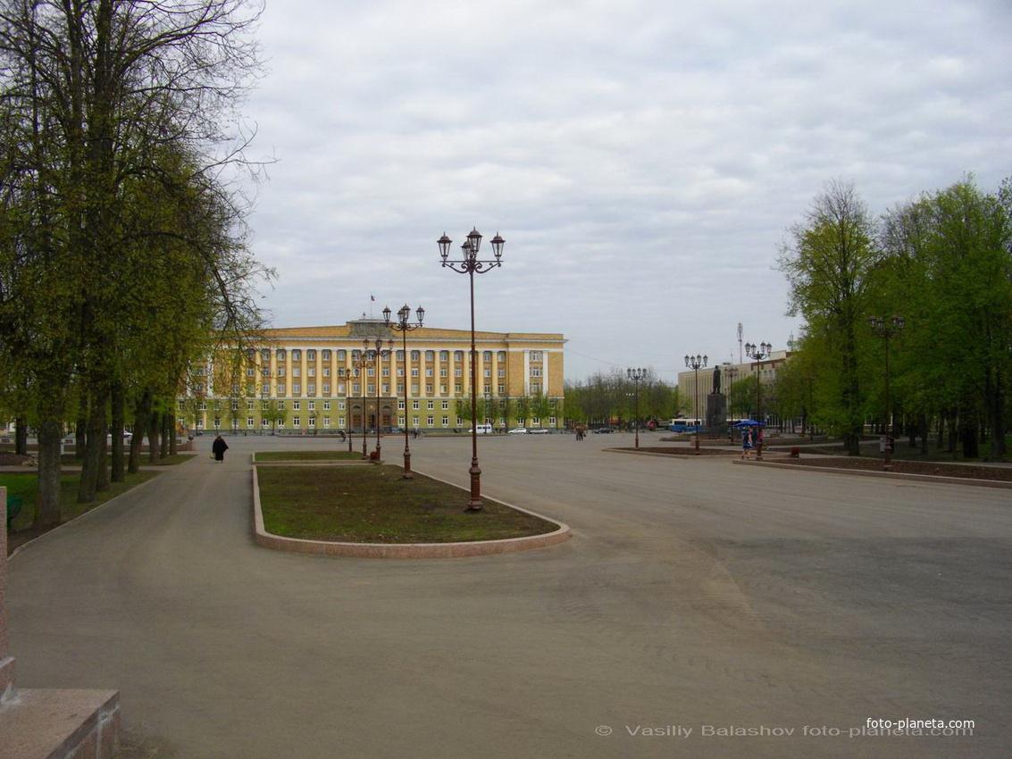 Новгород. Здание администрации