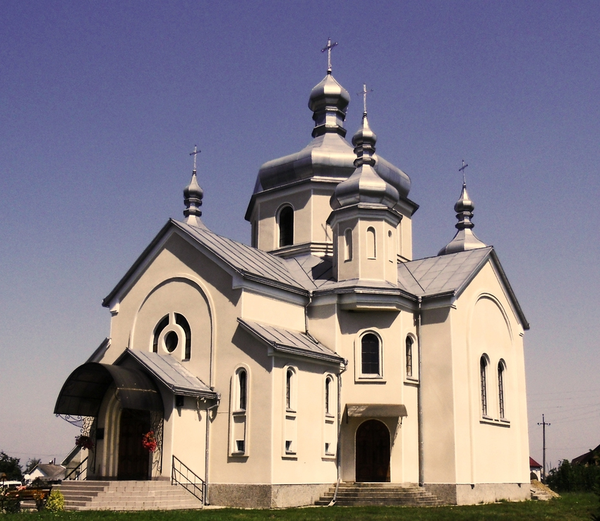 Berlogy (Ukraine). Church of the Blessed Virgin Mary