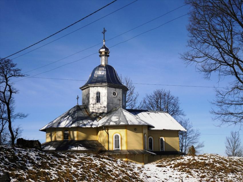 Church of Saints Florus and Laurus (wood.). Kulchytsi