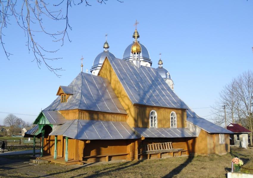 Церква святого Іллі в селі Зашковичі (дер.,1830 р.).