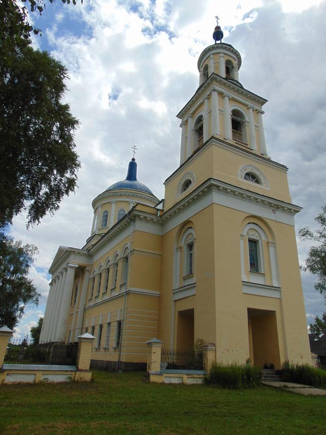 Все что рядом-это Кожино.Сельцо Карельское.Церковь.