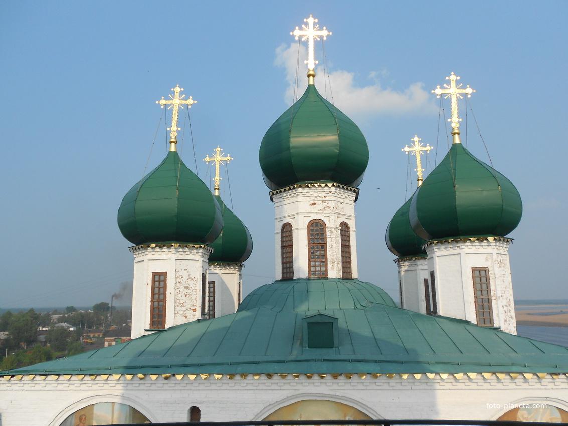 Купола Благовещенского собора