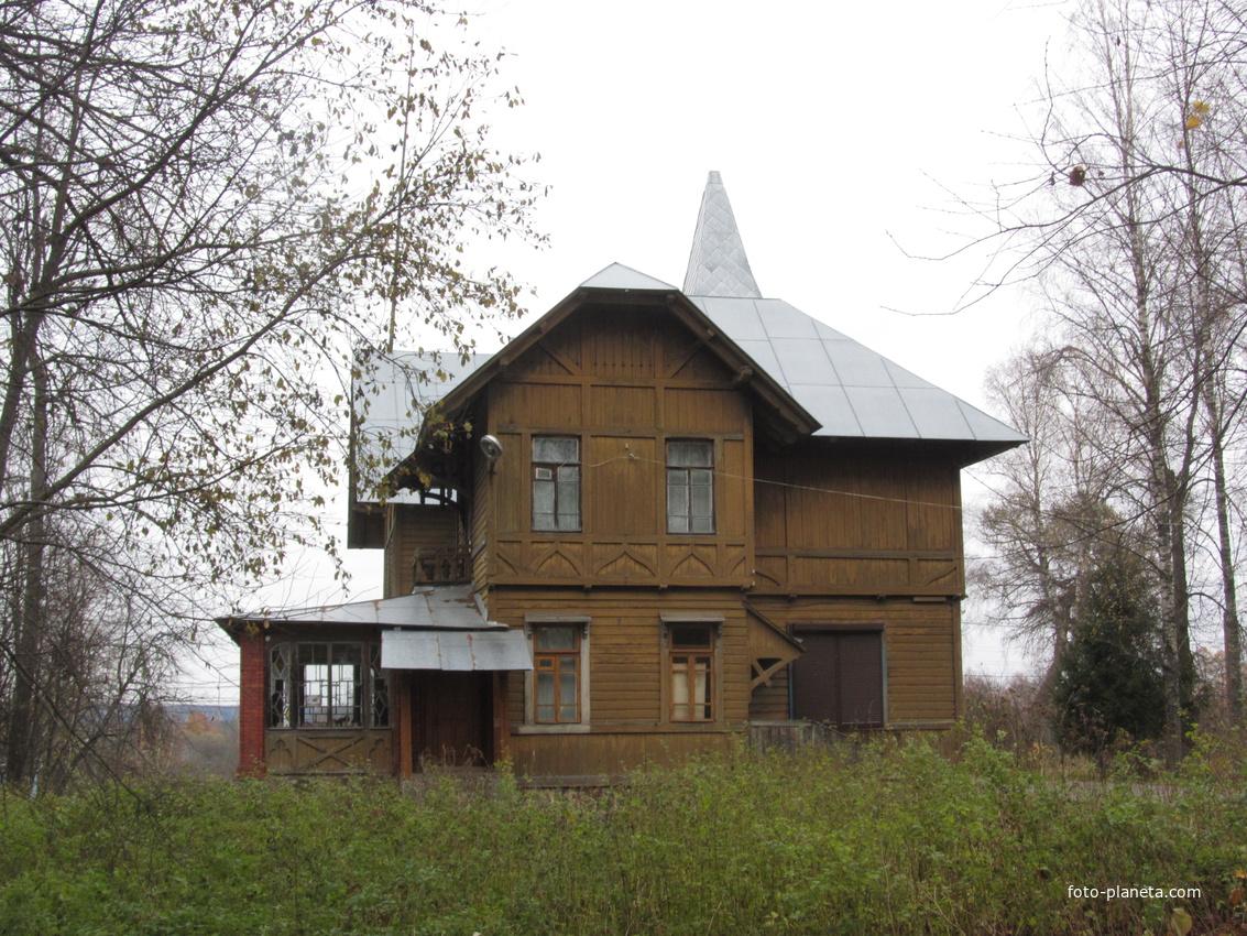 Усадьба Горемыкина   Любытино (Любытинский район)