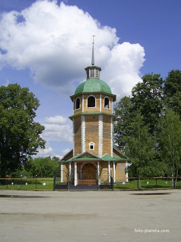 с. Владимирское - Колокольня старинной (1766 г) Владимирской церкви