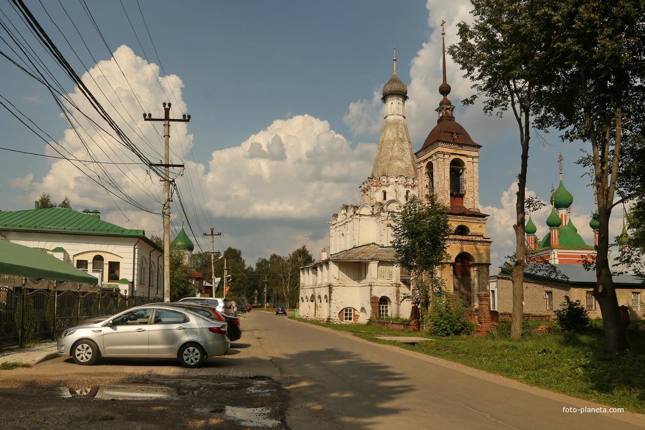 Переславль-Залесский. Петровский храм. 1585 год. | Переславский район