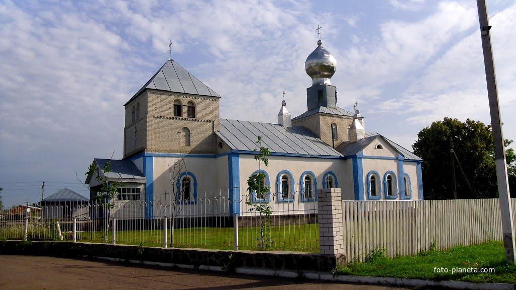 Церква Різдва Пресвятої Богородиці, побудована в 90-і роки, XX-століття